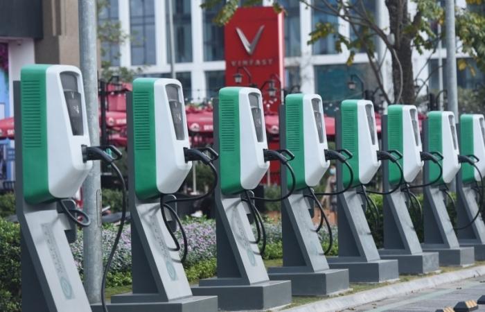Lời giải cho những nỗi lo về pin ô tô điện