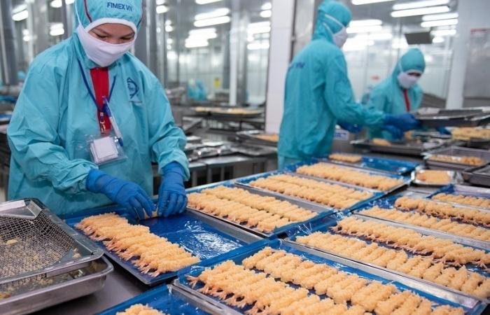 Đón đầu xuất khẩu, nhiều doanh nghiệp xây dựng thêm nhà máy