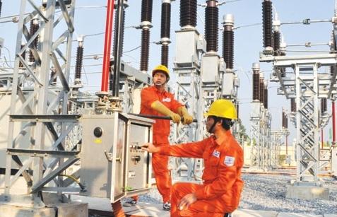 EVN nhập khẩu điện giảm 62,5% trong 4 tháng